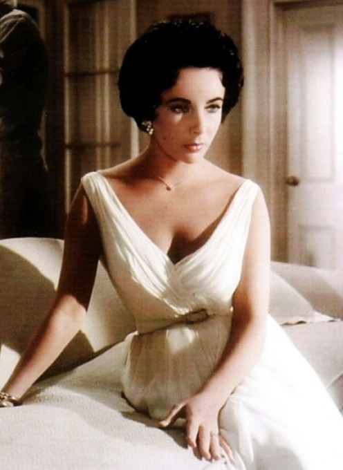 Elizabeth Taylor as Maggie in CAT ON A HOT TIN ROOF circa 1958
