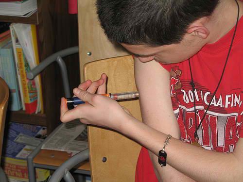 Injecting an insulin