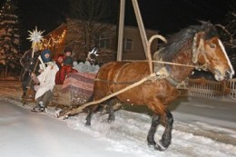A sleigh ride can be an unusual Christmas gift.