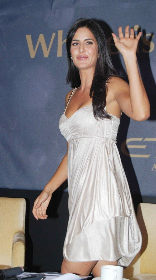 Hairy Armpit Of Katrina Kaif Hot « Actress Wallpaper,Images,Pictures ...