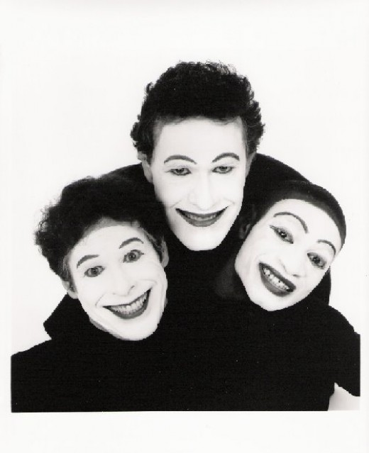 Simple mime costumes.