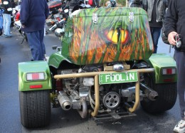 The green dragon motor bike, the rear end no 'foolin'