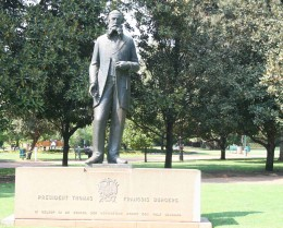 Statue of President Thomas Burgers by Lithuanian artist Moses Kottler. It was unveiled in the park in 1953.