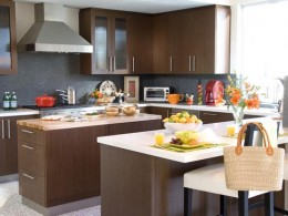 Gray and Brown color combination makes kitchen beautiful