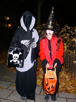 The same Pagan costumes today.