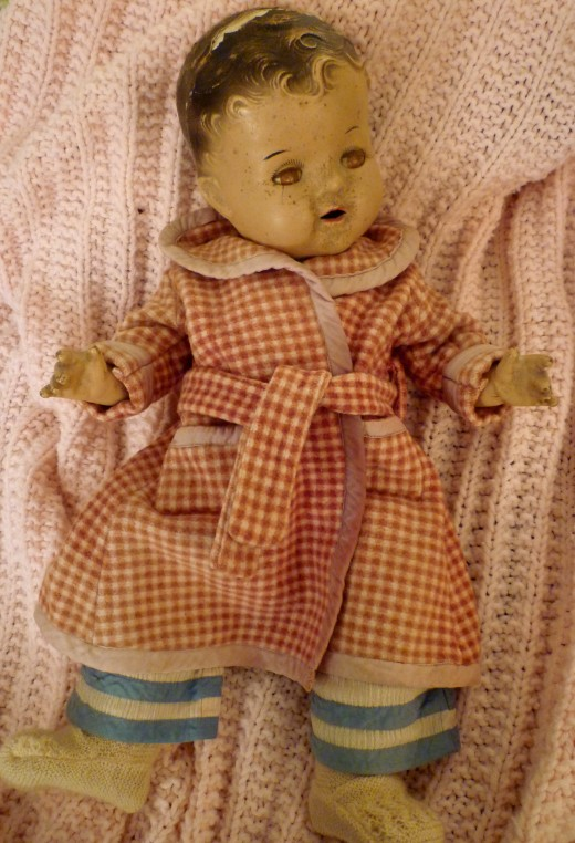My mother's Dionne Quintuplet doll