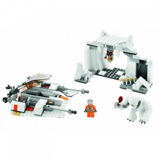 LEGO Star Wars: 8089 Hoth Wampa Cave set