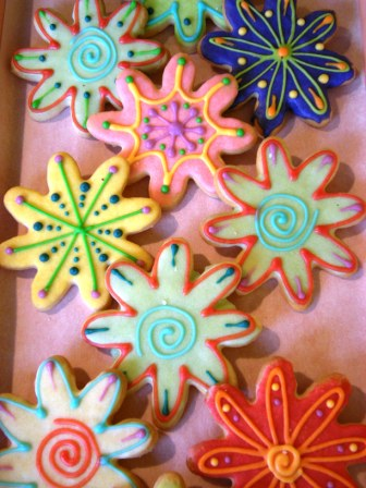 More beautiful cookies. Use these color and decoration ideas for your christmas cookies.