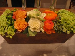 Want a centerpiece like this? Sure! But you'll need to work it into your plan - either how to do it yourself or where to get one!