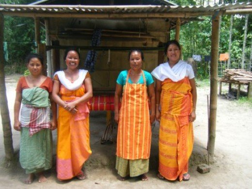 Women Handloom workers, Assam