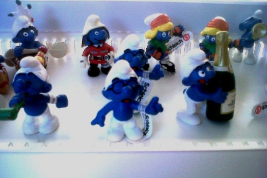SMURFS!!  I saw these at some toy store in the mall today.  I didn't know they still made these things!