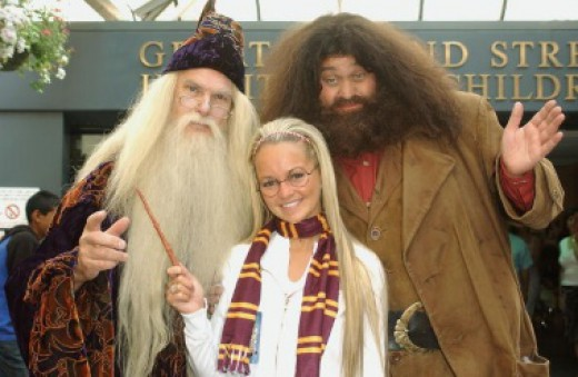 A Harry Potter scarf can be a great costume accessory.
