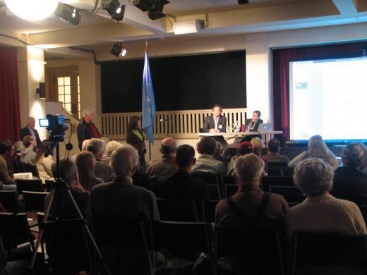 UN Forum , Seattle