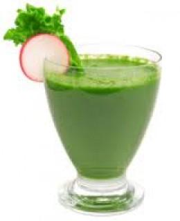 """...время в диетологии появилось понятие  """"зеленые коктейли """"."""