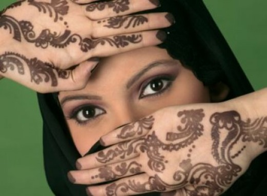 In India, henna tattoo art called mehndi. Tattoos Indian bride's wedding is