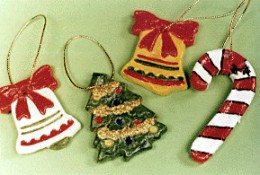 Fun ornaments - photo from funroom.com