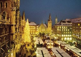 Christmas Market of Munich at Marienplatz.