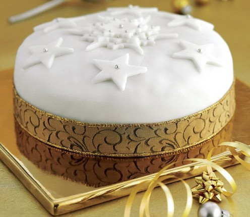 : Decorating Your Christmas Cake
