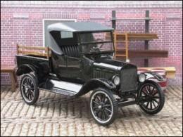 1925 Pick-Up truck