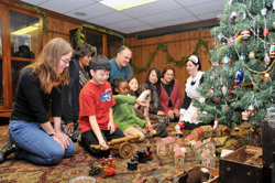 There are many great family Christmas activities in Hamilton this year.