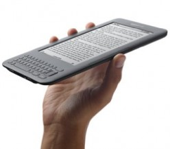 Amazon Kindle 3 e-reader with WiFi and Free 3G