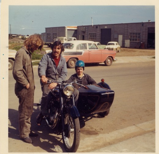Mick, Ian and me with a very nice Ariel 600 sloper we had in stock. Australia 1969