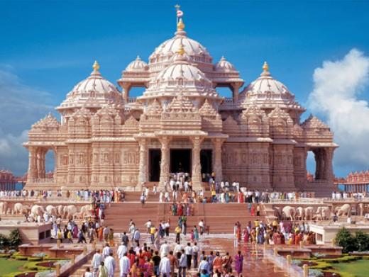 BAPS Swaminarayan Akshardham, New Delhi, the largest Hindu temple in the world