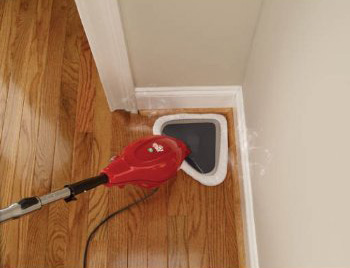 Cleaning corners is easy with the Dirt Devil's head