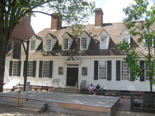 Raleigh Tavern. Photo courtesy of Wikipedia.