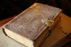 How To Make A Prayer Journal - Ideas To Keep You Centered