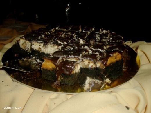 the chocolate cheesecake wiht caramel