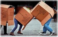 How to Pack for Moving when Friends are Helping You Move