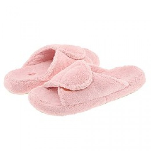 Open Toe Fluffy Pink Spa Slippers from Zappos