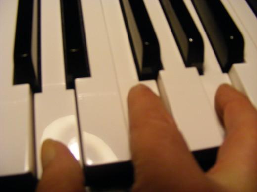 Keyboard - minor chords