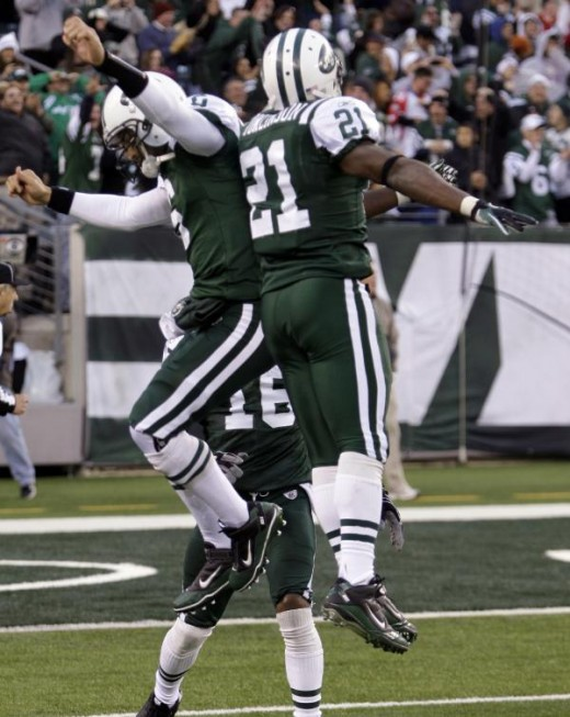 Nov. 21, 2010 - New York Jets quarterback Mark Sanchez (6) celebrates with teammate LaDainian Tomlinson (21) after throwing a game-winning TD during the fourth quarter of an NFL football game against the Houston Texans