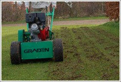 Scarifying & dethatching lawns and turf to remove thatch & moss