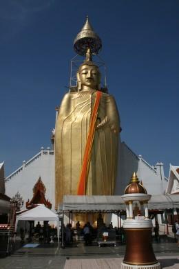 Standing Buddha at Wat Indrawiharn