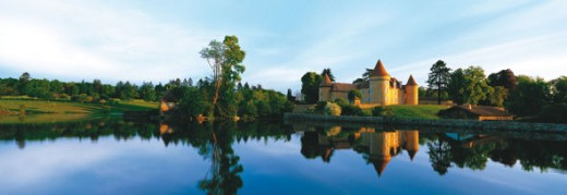 A fairy tale chateau for a fairy tale wedding