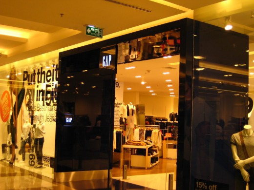 Gap Store in Siam Paragon - A newly opened popular clothing shop from the USA