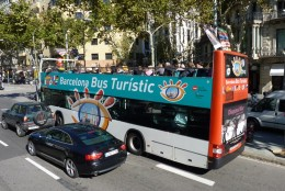 Tour Buses to see Barcelona's sights.