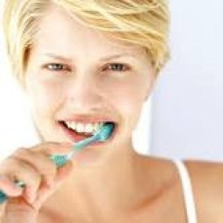 How To Brush Your Teeth Properly And Which Toothbrush To Use To Get A White Smile
