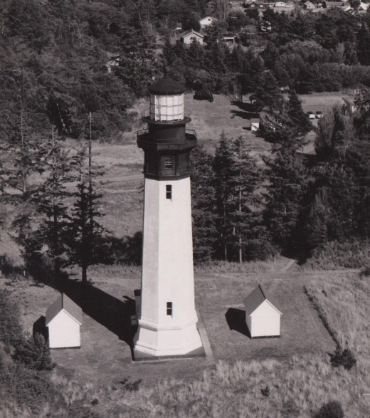 This photo shows what the Grays Harbor Lighthouse looked like in 1965.  It was 3000 feet from the ocean at that time.