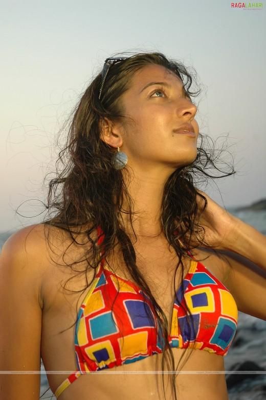 Desi Girls Sweaty Armpits Images | FemaleCelebrity