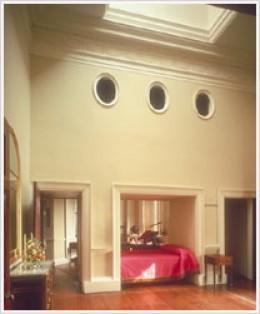 Jefferson's alcove bed.