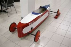 Soap box derby racer