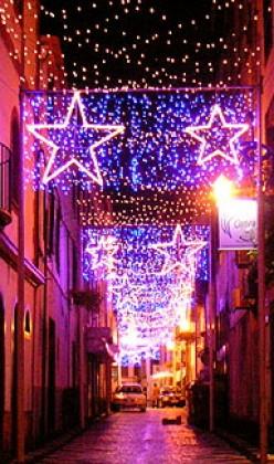 Street lights in Funchal