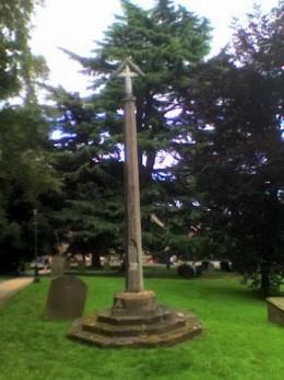 malvern priory churchyard entrance