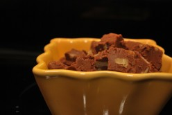 A Super Easy Recipe for Homemade Chocolate Fudge With Walnuts