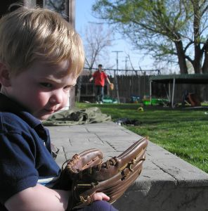 Building an interest in sports like baseball early in life can help your toddler grow into an active kid.