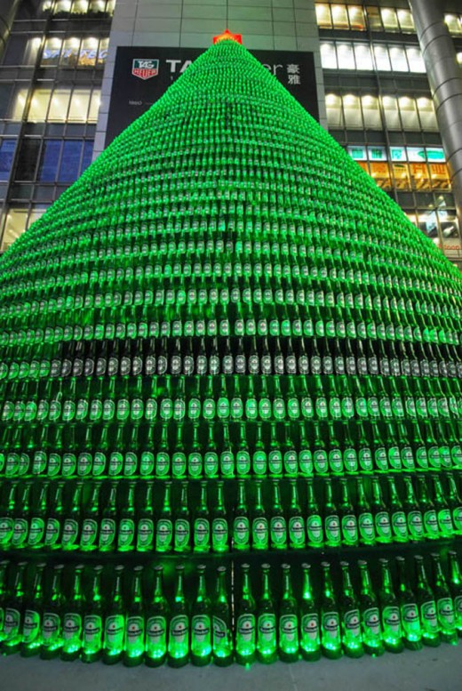 Beer bottles Christmas tree in China